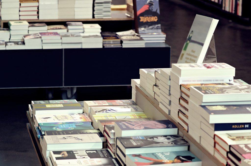 セールスレターの写経の前に読むべきオススメ本【厳選4冊】